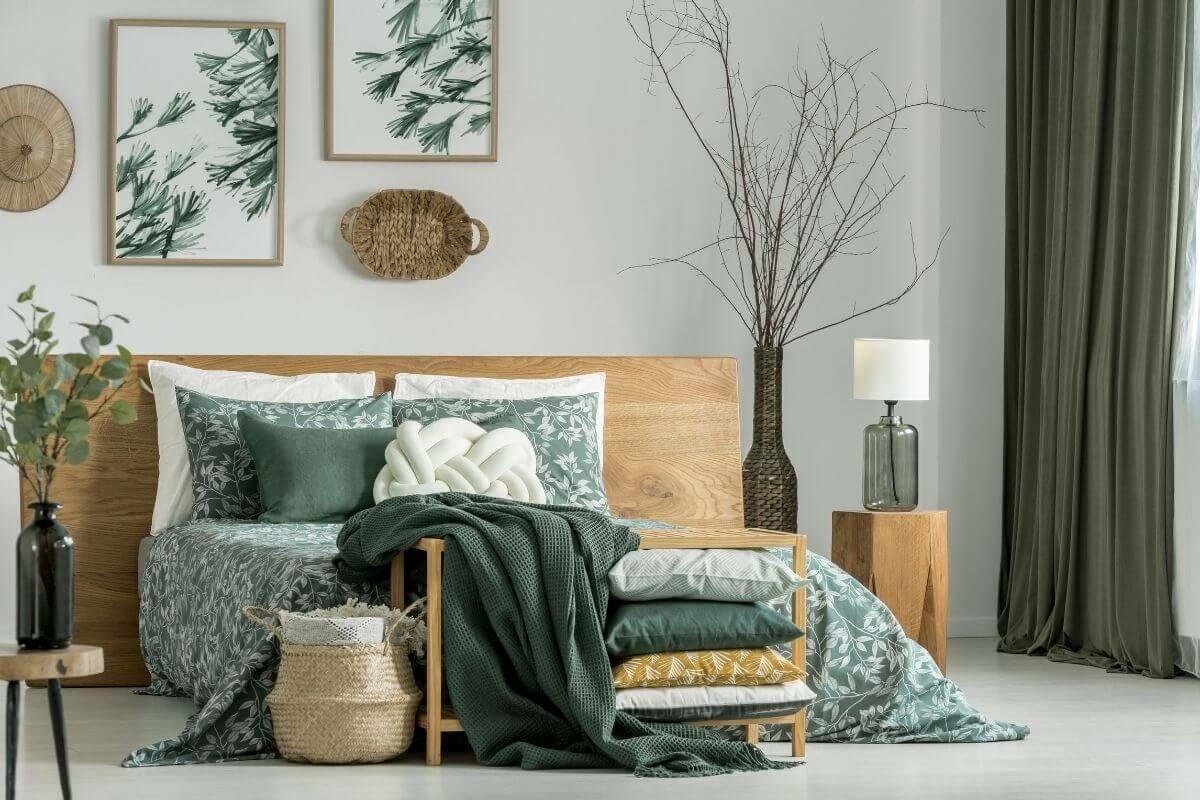 Gyönyörű zöld színű hálószoba